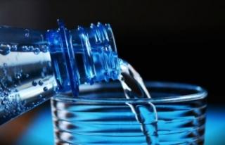 'Ses sağlığınız için günde 2 litre su...