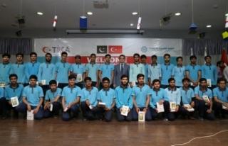 TİKA, Maarif Vakfı'ndan mezun olan öğrencilere...
