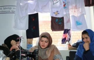 TİKA'dan Afganistan'daki kadınlara kurs