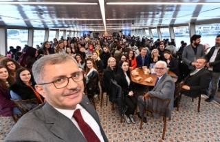 Valide Sultan Gemisi'ne Makedonya'dan misafir