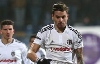 Beşiktaş'ın eski oyuncusu Ersan Gülüm'den...