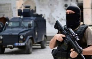 İstanbul'da PKK'ya darbe! 14 adrese eş...