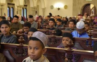 TİKA Malezya'da mültecilerle iftar etkinliğine...