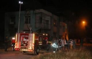 Adana'da Suriyeli anne ve 6 çocuğu yangından...