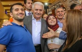 Binali Yıldırım, Diyarbakır'da esnafı ziyaret...