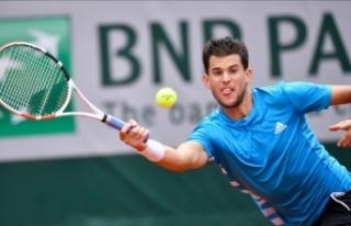 Djokovic'i geçen Thiem finalde
