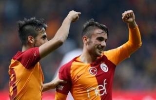 Galatasaraylı genç futbolcu sağ gösterip sol vurdu…
