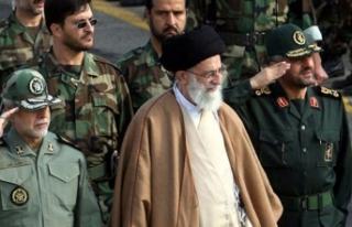 İran lideri Hamaney: Aldatmacadan başka bir şey...