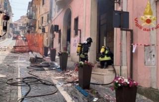 İtalya'da patlama! Belediye başkanı da yaralılar...