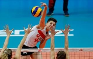 Ebrar Karakurt FIVB Uluslar Ligi'nin en iyileri...