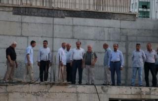 HDP'li belediyenin cami yapımını durduracak...