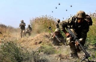 Jandarma göz açtırmıyor: 2 terörist öldürüldü!