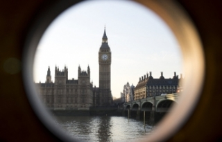 Londra'nın simgesi yeni yaşına sessiz sedasız...