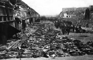Tarihte Bugün (5 Ağustos) : Fransızlar 45 Bin Cezayirli...