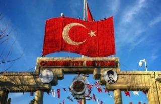 CHP, tarihi meydandan 'Cumhuriyet' adını...