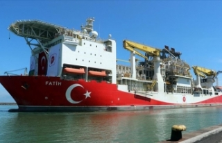 'Fatih' Trabzon'da marşlarla karşılandı