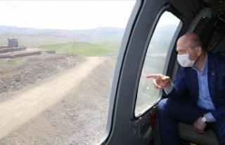 İçişleri Bakanı Soylu Türkiye-İran sınır duvarını...