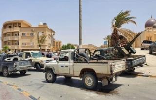 Libya ordusu bir beldeyi daha Hafter milislerinden...