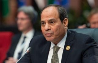 Libya ordusu Sisi'ye haddini bildirdi: Kimse...