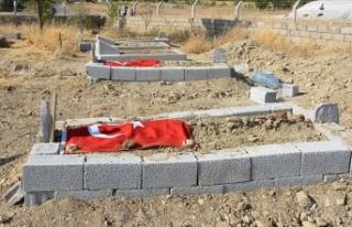 Tanıklar, 5 sivili şehit eden teröristin saldırıyı...
