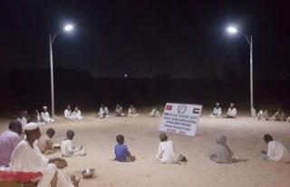 İHH'dan Sudanlı öğrencilerin dünyasını...