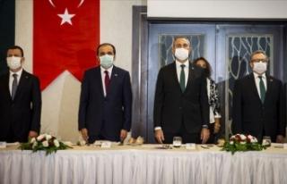 Üç Türk'e 'Pakistan Devlet Nişanı'...