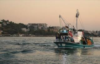 Balıkçılar 'Vira Bismillah' diyerek denize...