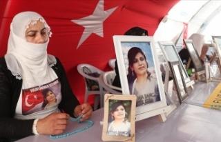 Diyarbakır anneleri evlat hasretinin son bulmasını...