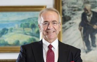 Fenerbahçe'nin yeni başkan vekili Erol Bilecik...