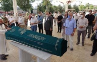 Gazeteci-yazar Osman Akkuşak son yolculuğuna uğurlandı