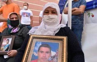HDP önündeki eylemin 1. yılında bir aile daha...