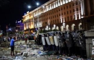 Hükümet karşıtı gösterilerin düzenlendiği...