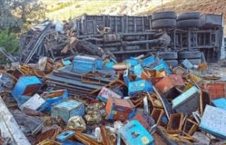 Malatya'da kamyon devrildi: 3 ölü