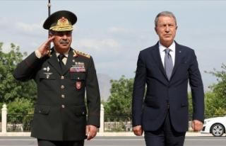 Milli Savunma Bakanı Akar: Sonuna kadar Azerbaycan...