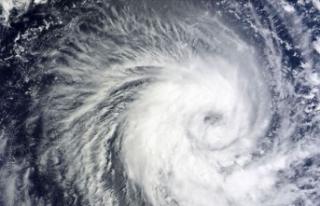 Nana tropikal fırtınası Orta Amerika kıyılarına...