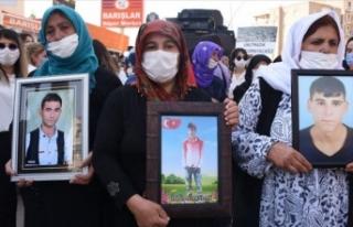 Şırnaklı annelerden PKK'ya tepki yürüyüşü