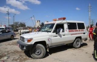 Somali'de caminin dışında intihar saldırısı:...