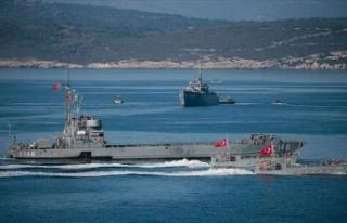 Türkiye Doğu Akdeniz'de atış eğitimleri...