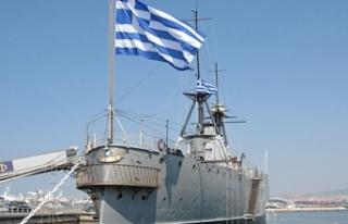 Türkiye ile diyaloğa yanaşmayan Yunanistan askeri...