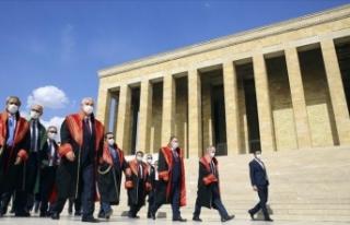 Yargıtay üyeleri, Anıtkabir'i ziyaret etti