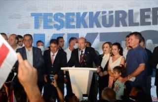 KKTC Cumhurbaşkanı seçilen Ersin Tatar'a bakanlardan...