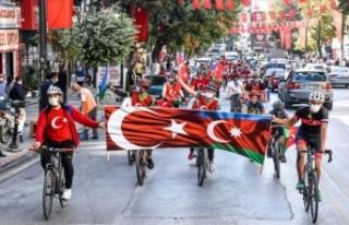 Malatya'da Azerbaycan'a bisikletli destek...
