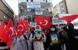Şırnak'ta 'Şehitler ölmez vatan bölünmez'...