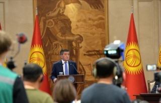 Siyasi kriz Cumhurbaşkanı Ceenbekov'u istifaya...