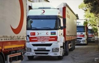 Türk Kızılayın gönderdiği yardım, yetkililere...