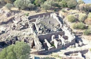 Aigai Antik Kenti'nde arkeolojik çalışmalar...