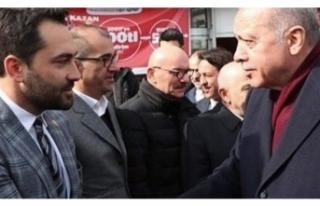 Bülent Arınç'ın milletvekili oğlundan 'Reis'...