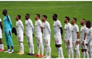 Demir Grup Sivasspor'da 2 futbolcunun Kovid-19...