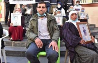 Evlat nöbeti 1,5 yıldır devam ediyor! Bitlis'li...