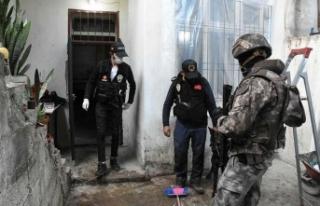 Gazinatep'te 579 polisin katıldığı operasyonda...